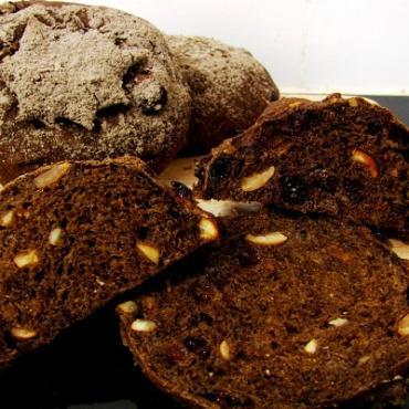 Công thức làm bánh mì đen Dark Rye